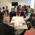 Grupos trabajando en la clínica de ciencia ciudadana